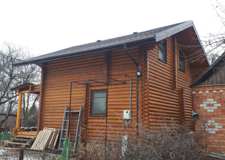 dom-iz-oczilindrovannogo-brevna-v-eyske-1